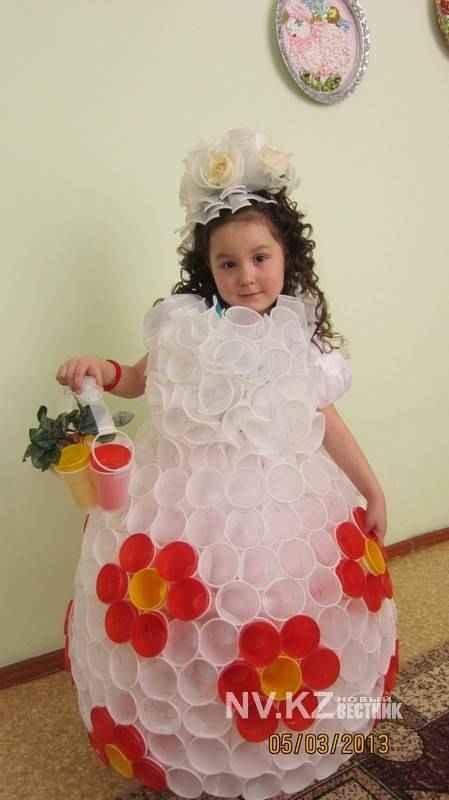 Платье из стаканчиков одноразовых как сделать 266