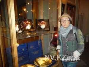 Дина Жумабаева в театральном музее