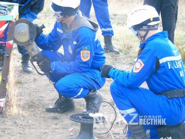 Карагандинские спасатели состязались в спасательном многоборье